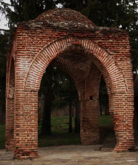 Храм в г. Казанлык, Болгария