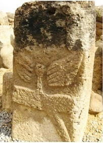 Колонна из Гобустана в Азербайджане